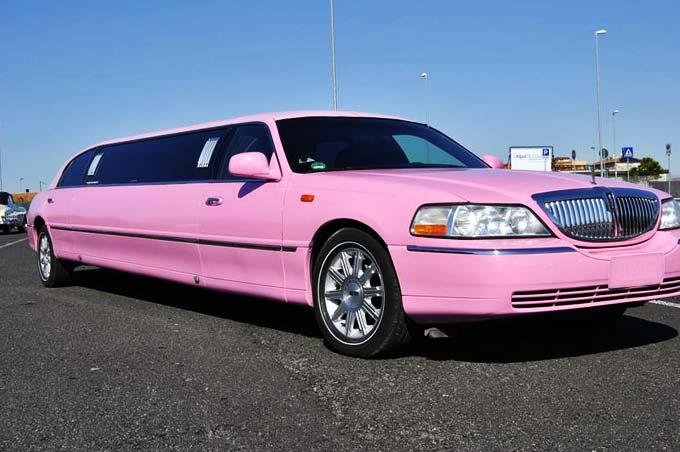 limousine rosa a roma